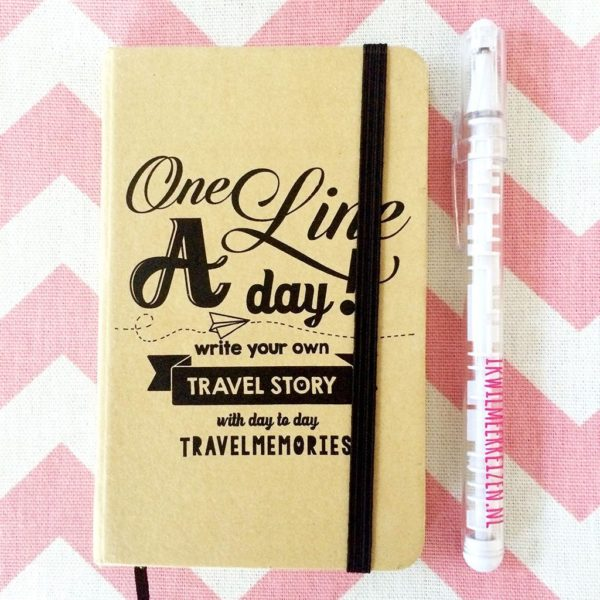 One line a day - write your own travel story