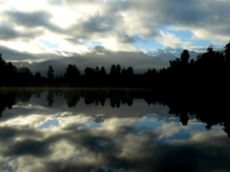 Mount-Cook-Lake-Matheson