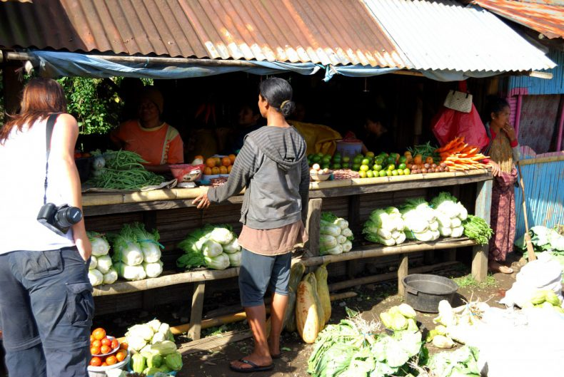 Indonesie-Flores-Nduaria-fruit-markt