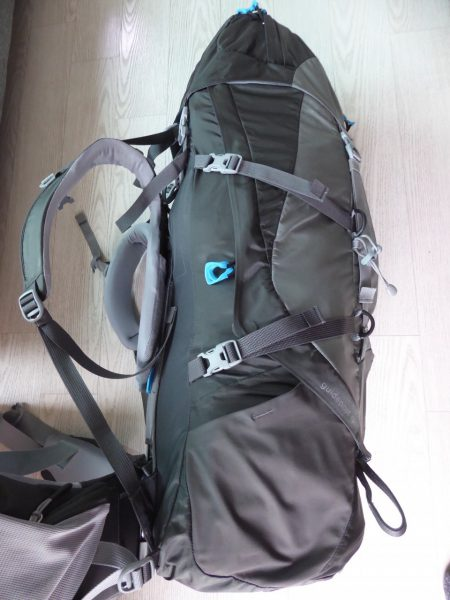 thule-guidepost-backpack-zijkant