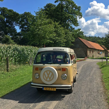 Een weekje roadtrippen door Nedersaksen in een retro VW camper
