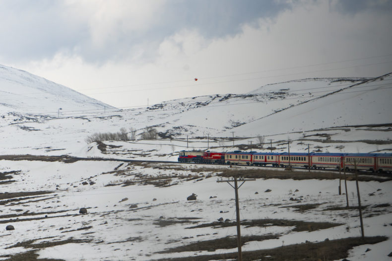 dogu-express-train-turkey