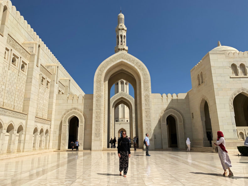 grand-mosque-muscat-oman